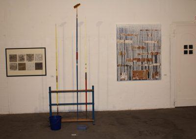 """""""Wasser sucht sich immer einen Weg 2"""" (rechts) in """"Wasser"""", Flottmannhallen mit HKB, 2010"""