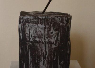 """""""Lutherische Reliquie"""", Keramik und Nagel, in """"Betreff: Luther"""", 2017"""